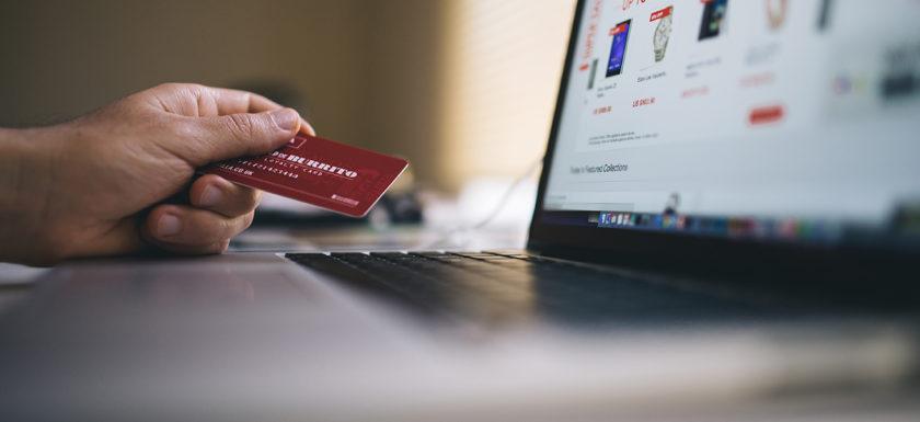 l'ecommerce e la reputazione onlie: la nuova comunicazione del prodotto e del servizio